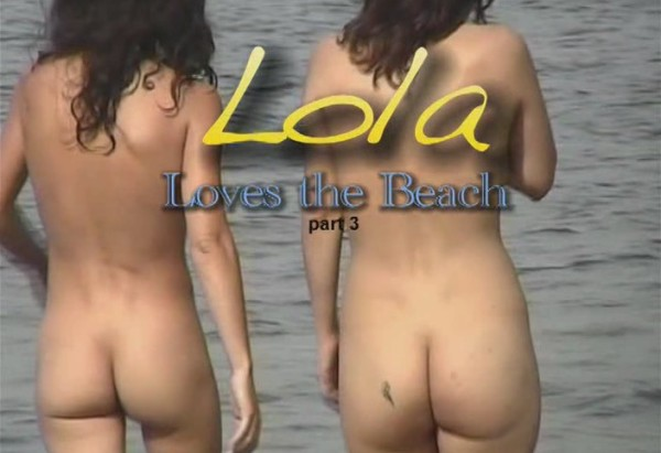 Lola loves the beach (vol.3)