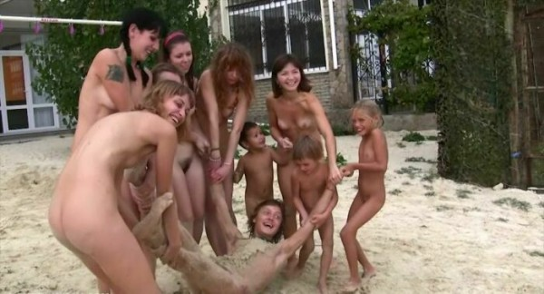 Land-And-Sea-Naturism-4-Naturist-Family-Events-Videos-Purenudism-2014