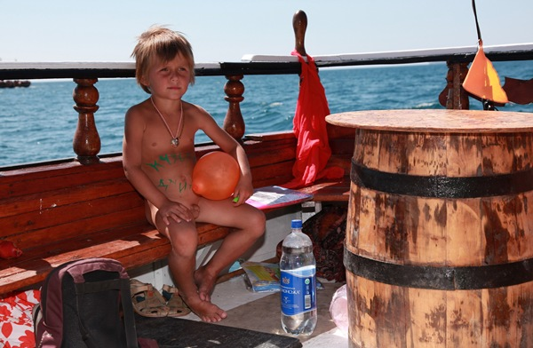 Young Nudist and Naturist - Body Paint & Boats [Purenudism Pics] set 2